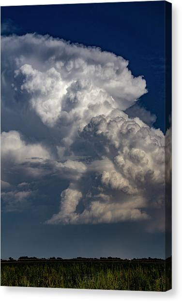 Canvas Print featuring the photograph Updrafts And Anvil 008 by NebraskaSC