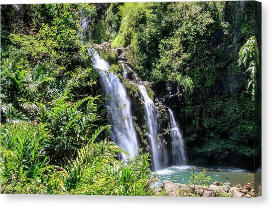 Canvas Print featuring the photograph Upper Waikani Falls by Dawn Richards
