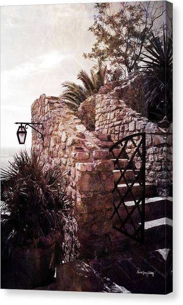 Canvas Print featuring the photograph Vacation Mood by Randi Grace Nilsberg