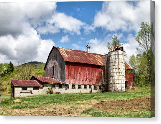 Canvas Print featuring the photograph Vermont Barn And Silo  by Betty Pauwels