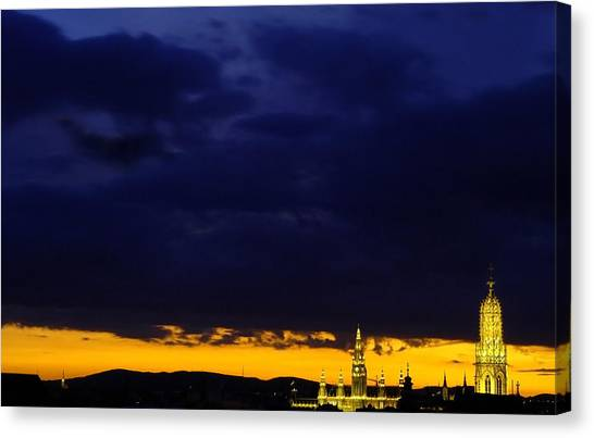 Vienna - When The Day Meets The Night Canvas Print
