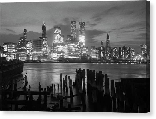 View Of Manhattan Skyline From Brooklyn Canvas Print by Bettmann
