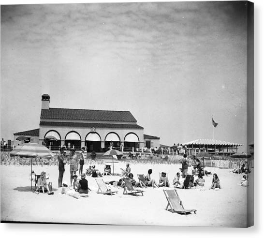 View Of Southampton Beach Club With Canvas Print