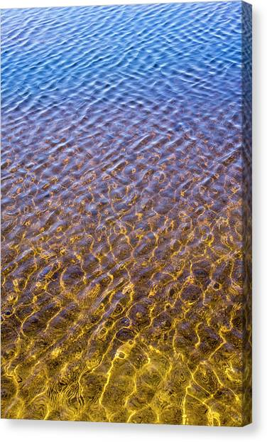 Water Reflection_al_613_18 Canvas Print
