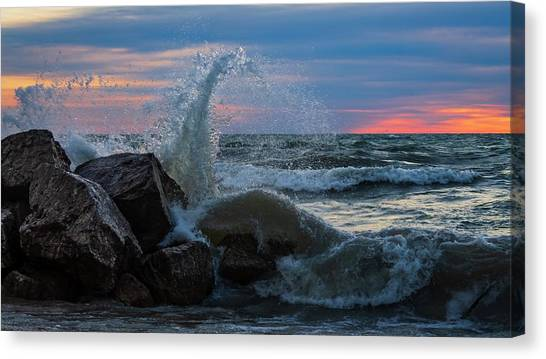 Wave Vs Rock Canvas Print