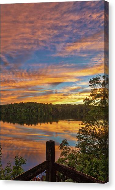 Canvas Print featuring the photograph Wellesley College Sunset by Juergen Roth