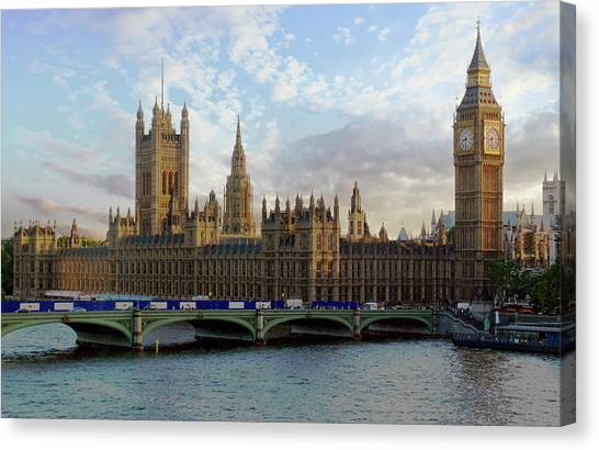 Canvas Print featuring the photograph Westminster Palace by Anthony Dezenzio