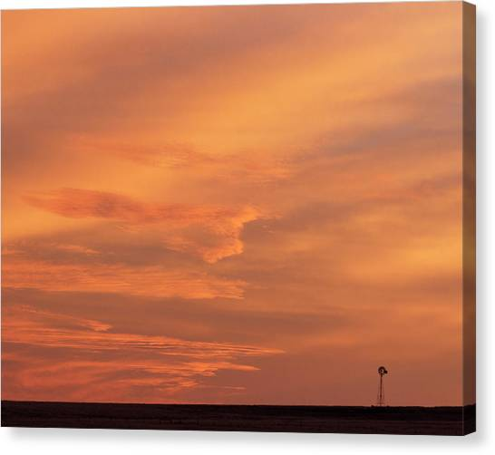 Canvas Print featuring the photograph Windmill And Afterglow 02 by Rob Graham