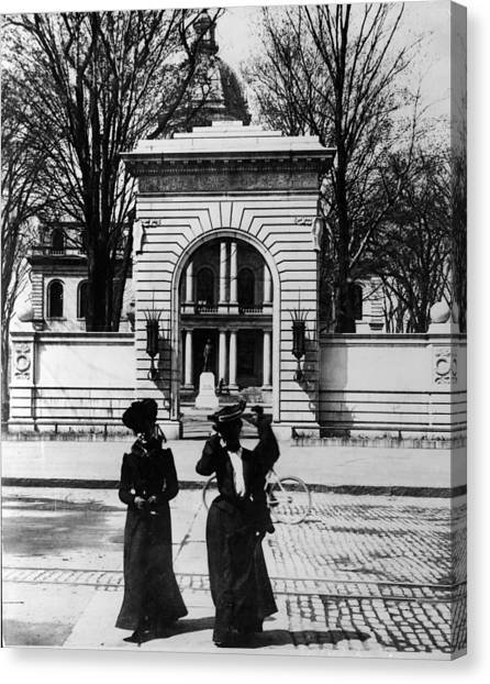 Women Outside The Concord State Capitol Canvas Print