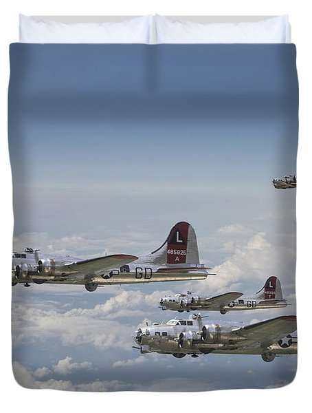 381st Group Outbound Duvet Cover by Pat Speirs