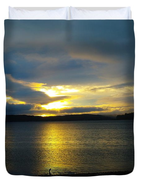 A Slow Sun Rise  Duvet Cover by Jeff Swan