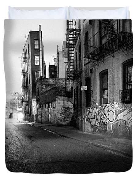 Chinatown New York City - Mechanics Alley Duvet Cover by Gary Heller