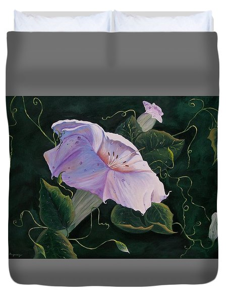 First  Trumpet Flower  Of Summer Duvet Cover