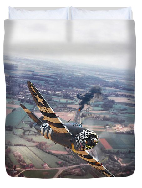 P47- D-day Train Busters Duvet Cover by Pat Speirs