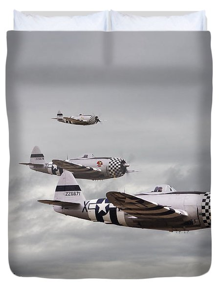 P47 Thunderbolt  Top Cover Duvet Cover by Pat Speirs