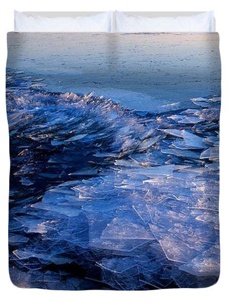Superior Winter   Duvet Cover