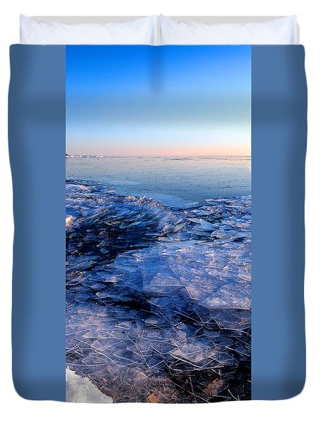 Superior Winter   Duvet Cover