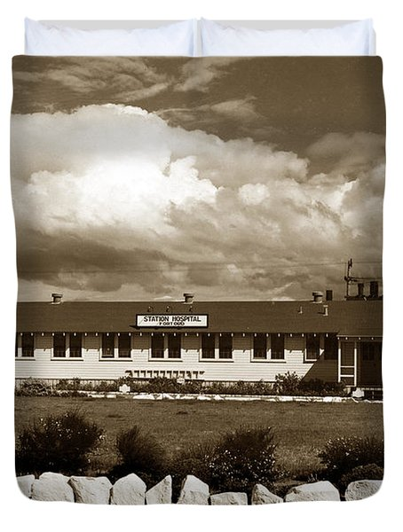 The Fort Ord Station Hospital Administration Building T-3010 Building Fort Ord Army Base Circa 1950 Duvet Cover