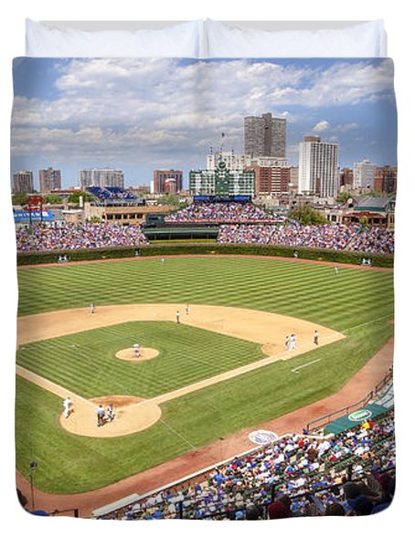 0100 Wrigley Field - Chicago Illinois Duvet Cover