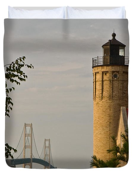 0558 Old Mackinac Point Lighthouse Duvet Cover