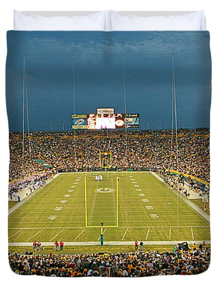 0614 Prime Time At Lambeau Field Duvet Cover