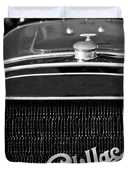 1907 Cadillac Model M Touring Grille Emblem Duvet Cover by Jill Reger