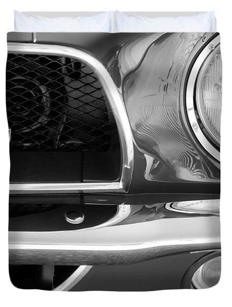 1968 Ford Mustang Fastback 427 Ci Cobra Grille Emblem Duvet Cover by Jill Reger