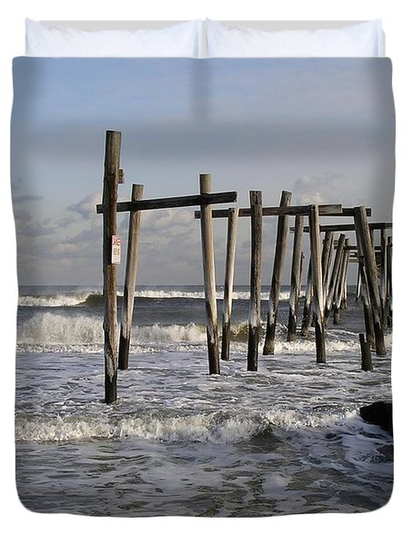 59th St. Pier Duvet Cover