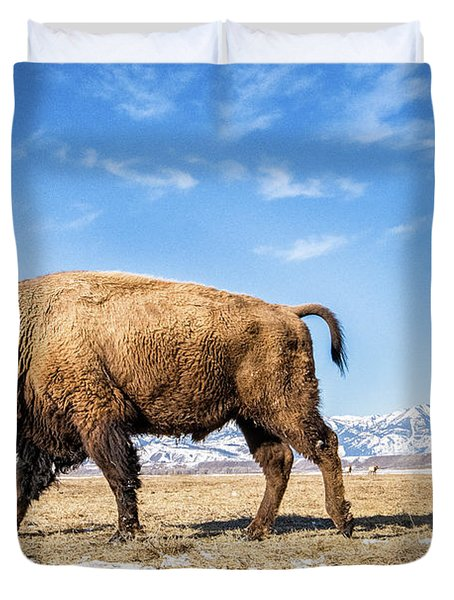 A Bison In The 24,700-acre National Elk Duvet Cover