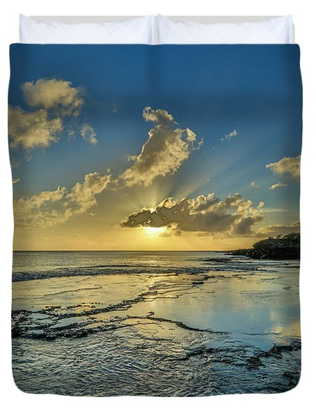 A Tidal Shelf On Kawakiu Nui Beach Duvet Cover
