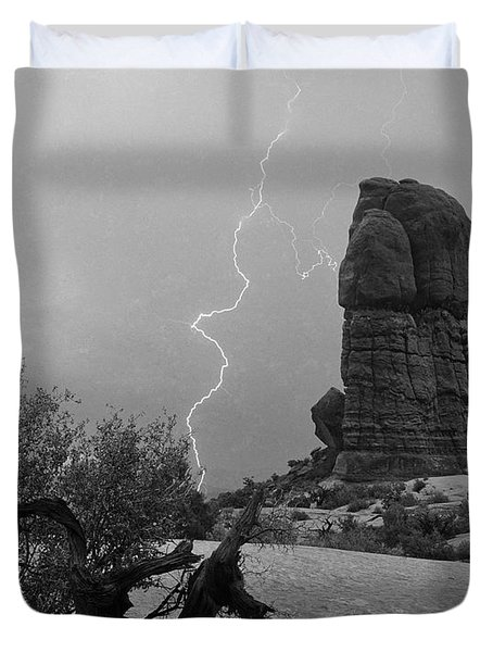 Duvet Cover featuring the photograph Arches National Park    Utah by J L Woody Wooden