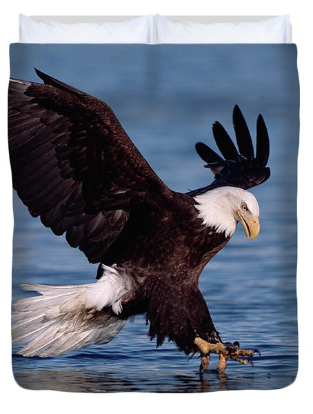 Bald Eagle Fishing Kenai Duvet Cover