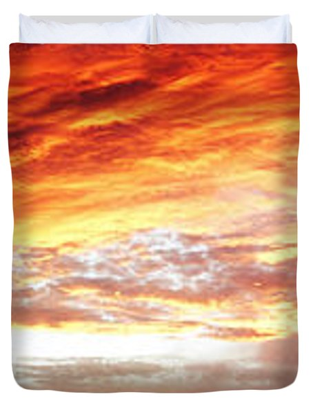 Bright Summer Sky Duvet Cover by Les Cunliffe