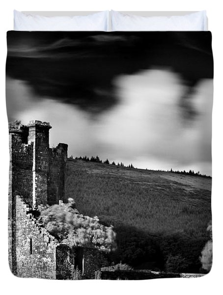 Duvet Cover featuring the photograph Castle Ruins / Ireland by Barry O Carroll