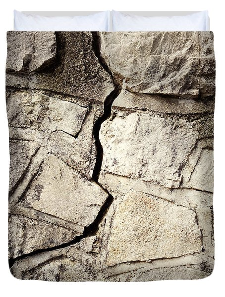 Cracked Wall Duvet Cover by Les Cunliffe