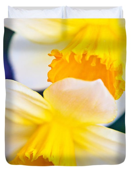 Duvet Cover featuring the photograph Daffodils by Roselynne Broussard