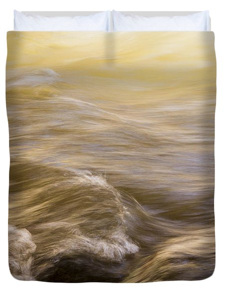 Dance Of Water And Light Duvet Cover