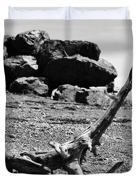 Duvet Cover featuring the photograph Driftwood Animal by Randi Grace Nilsberg