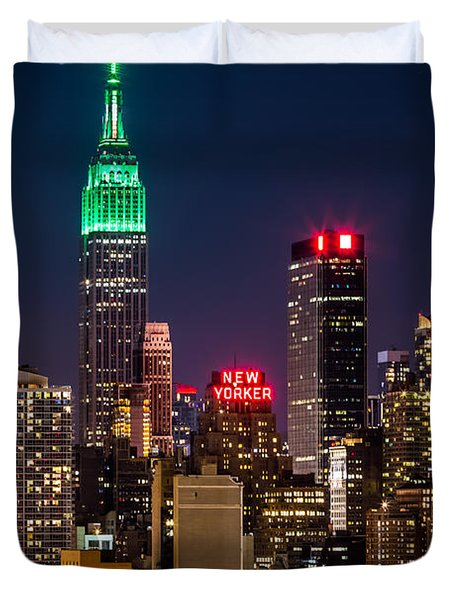 Empire State Building On Saint Patrick's Day Duvet Cover