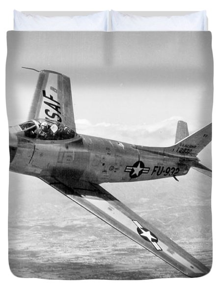 Duvet Cover featuring the photograph F-86 Sabre, First Swept-wing Fighter by Science Source