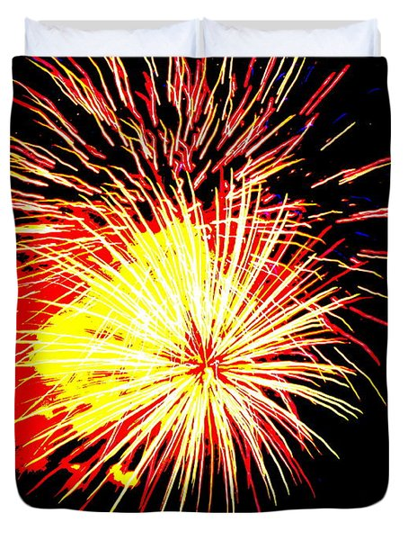 Duvet Cover featuring the photograph Fireworks Over Chesterbrook by Michael Porchik