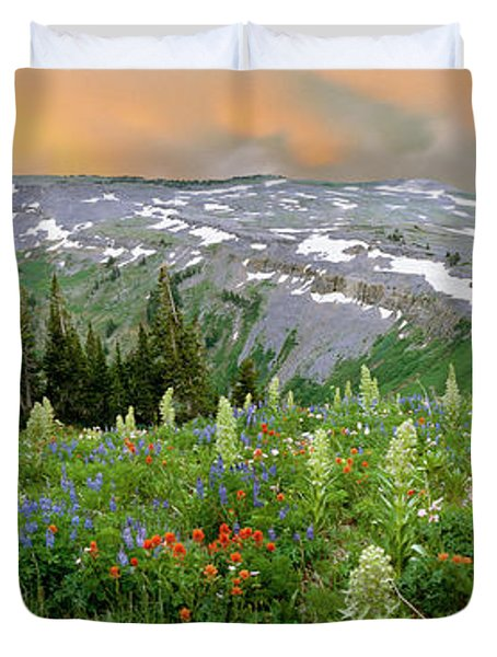 Green Gentian Rise Above Other Duvet Cover