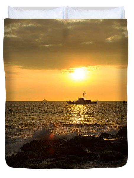 Hawaiian Waves At Sunset Duvet Cover