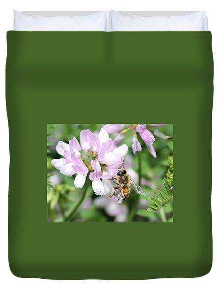 Honeybee On Crown Vetch Duvet Cover