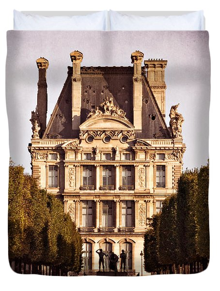 Duvet Cover featuring the photograph Jardin Des Tuileries / Paris by Barry O Carroll