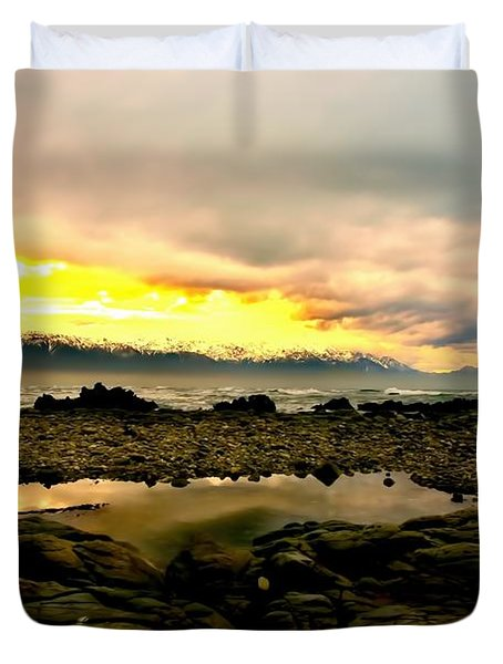 Duvet Cover featuring the photograph Kaikoura Coast New Zealand by Amanda Stadther