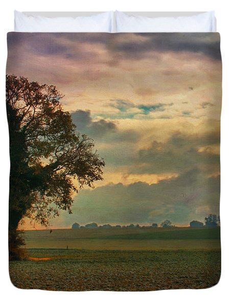 L'arbre Duvet Cover by Jean-Pierre Ducondi