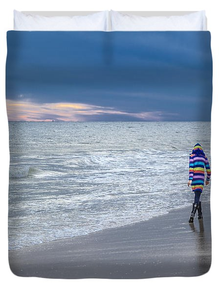 Little Girl At The Beache Duvet Cover