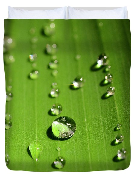 Water Drop On Green Leaf Duvet Cover