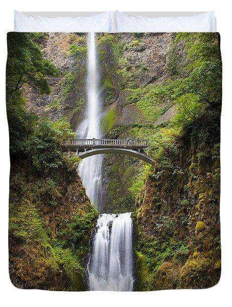 Duvet Cover featuring the photograph Multnomah Falls by Brian Jannsen